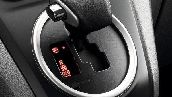 B-indstilling Nissan E-NV200